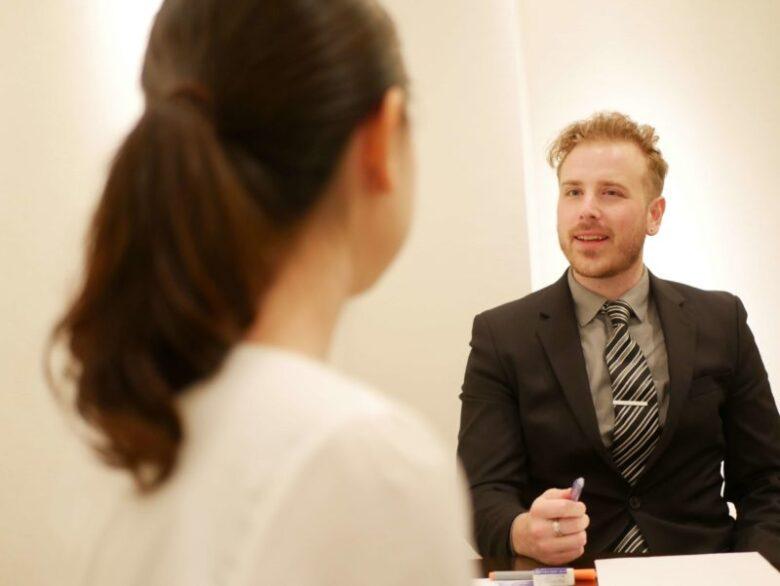 ワンナップ英会話、講師